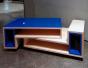 Table basse Mélo-Mélo, face et caissons laqués bleu brillant